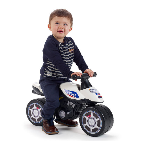 Child playing with police Balance Bike 427