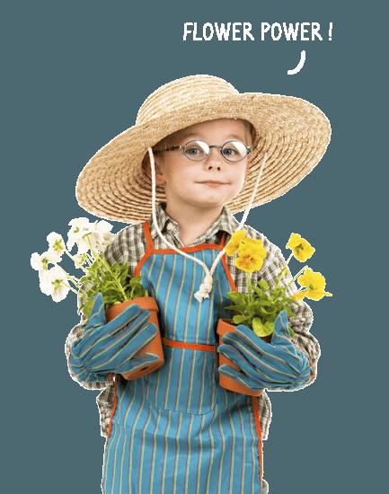garçon avec des pots de fleurs